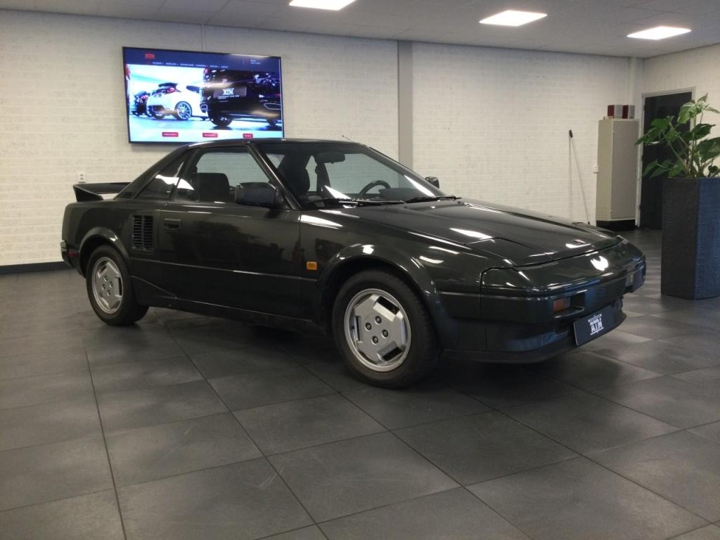 Toyota-MR2-thumb