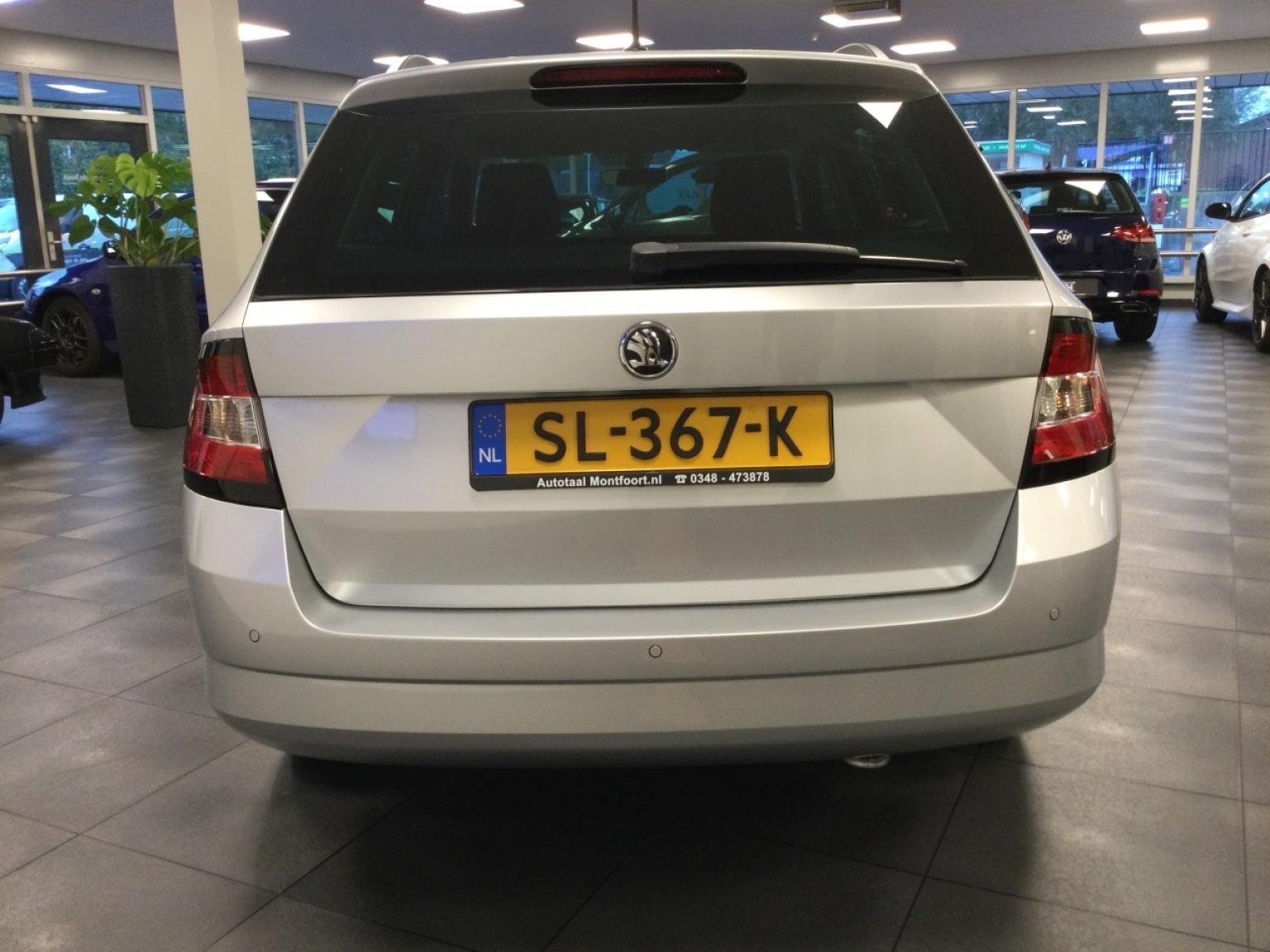 Škoda-Fabia-4